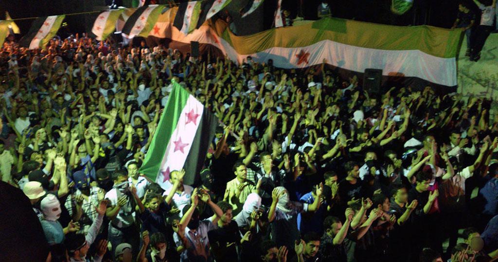مظاهرة في كفرسوسة بتاريخ 12 حزيران 2012/ رويترز.
