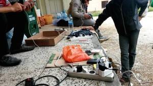 Handy-Aufladestation syrischer Geflüchteter irgendwo in Mazedonien Foto: Fayez