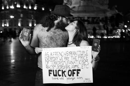 Hamid Sulaiman et Aurélie Ruby, couple d'artistes engagés contre la barbarie.