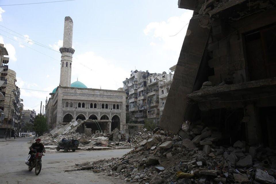 خوف و فقر وقهر.. عناوين الحياة في حلب