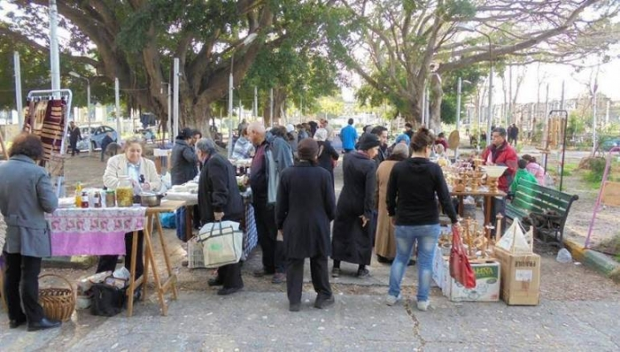 Poorer Vendors Suffer in Lattakia as Loyalists Reap Benefits