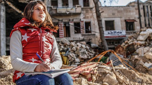 """Pendant cinq ans, Myriam a écrit pour ne pas oublier """"ce monde qui a sombré dans le chaos""""."""